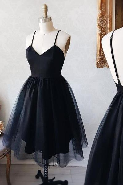 Short Black V-Neck Party Dress,Spaghetti Straps Tulle Above-Knee Homecoming Dress